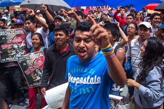 manifestacion_maestros_cnte_televisa_chapultepec-4oks